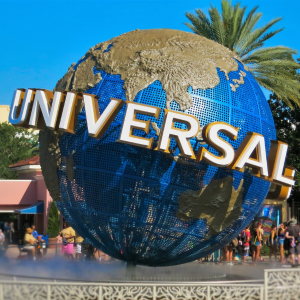 Visiting Universal Studios? Make the Most of Your Trip with a Mobility Scooter Rental